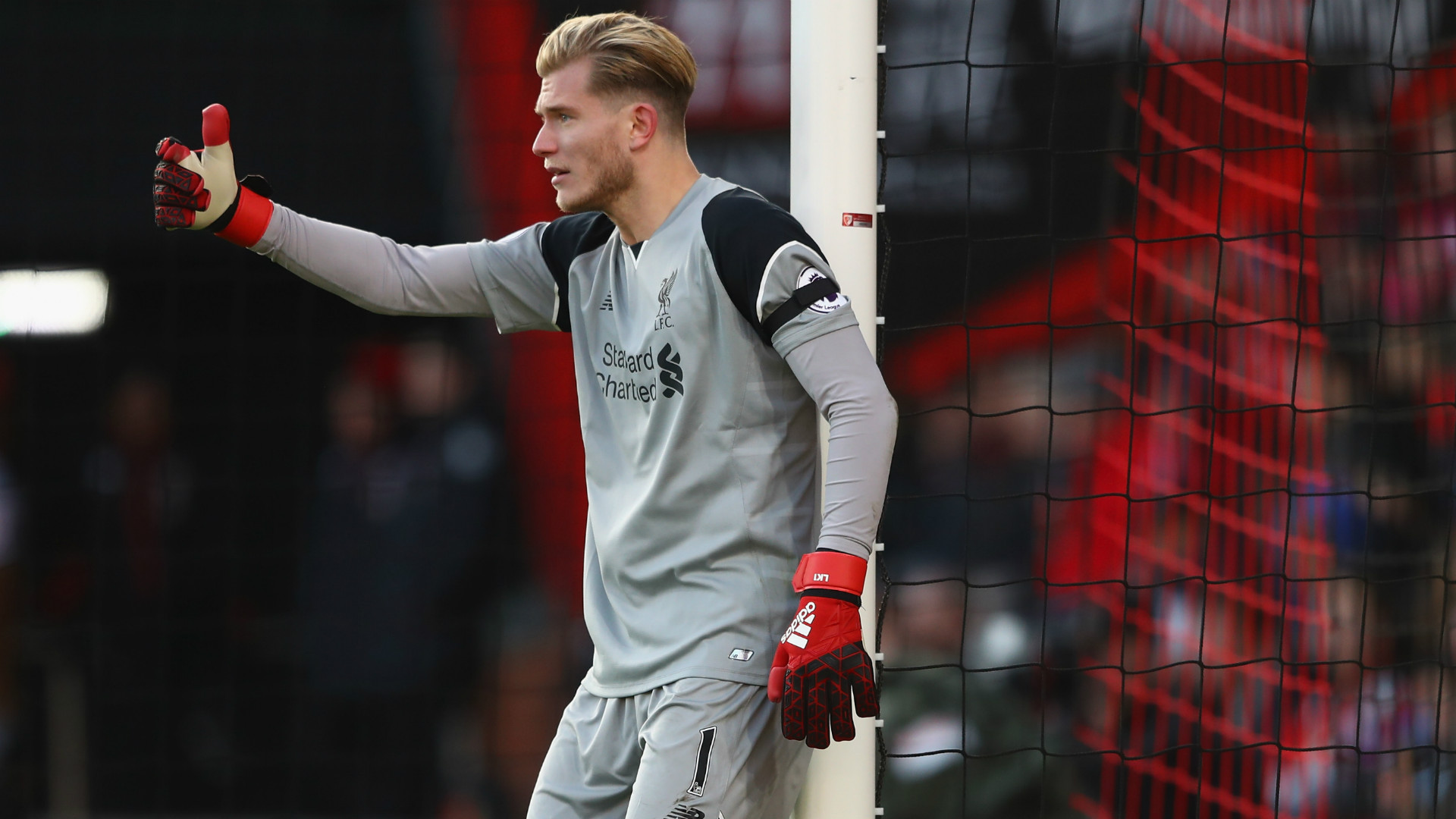 Karius hits back: Nev was a boss, now he's an 'expert'