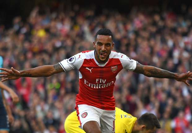 Theo Walcott in the right place at the right time for Arsenal