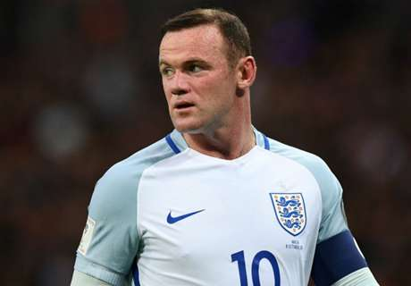 Southgate unhappy at Rooney boos