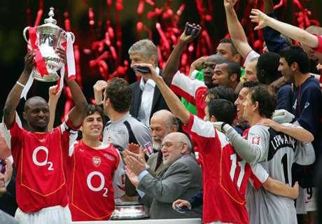 Fabregas trolls Arsenal fans with photo