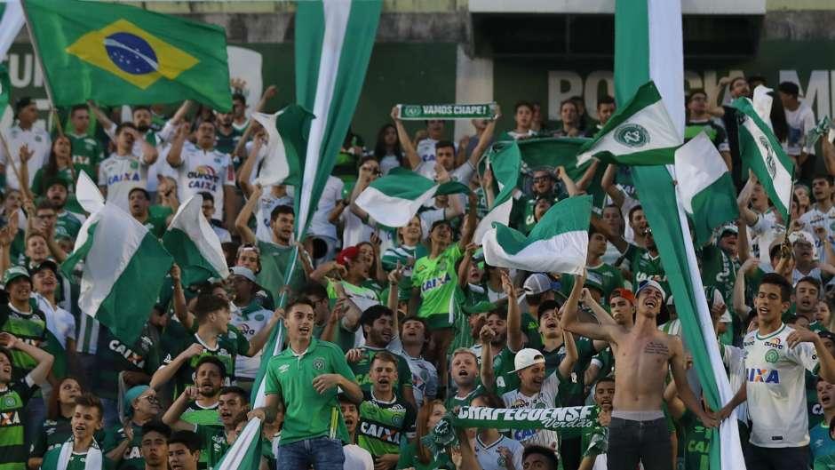 Chapecoense fans Arena Conda 30112016