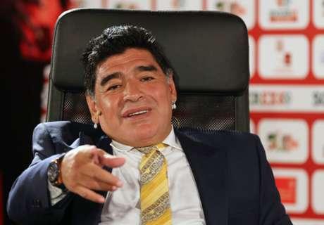 Maradona salue Ronaldo et Tevez