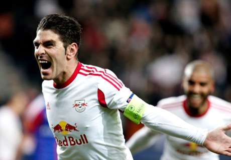 Red Bull clip Salzburg's wings