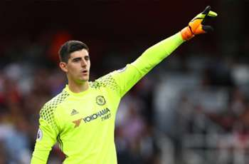 RUMORS: Real Madrid makes Chelsea keeper Courtois a top target