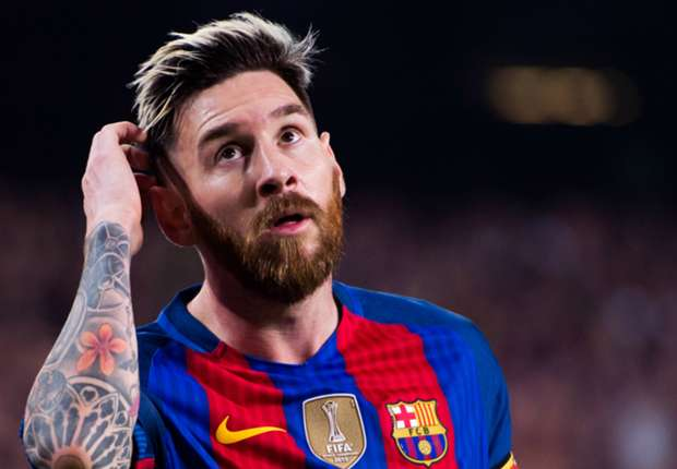 Cantona: Messi has become a poor man's Justin Bieber