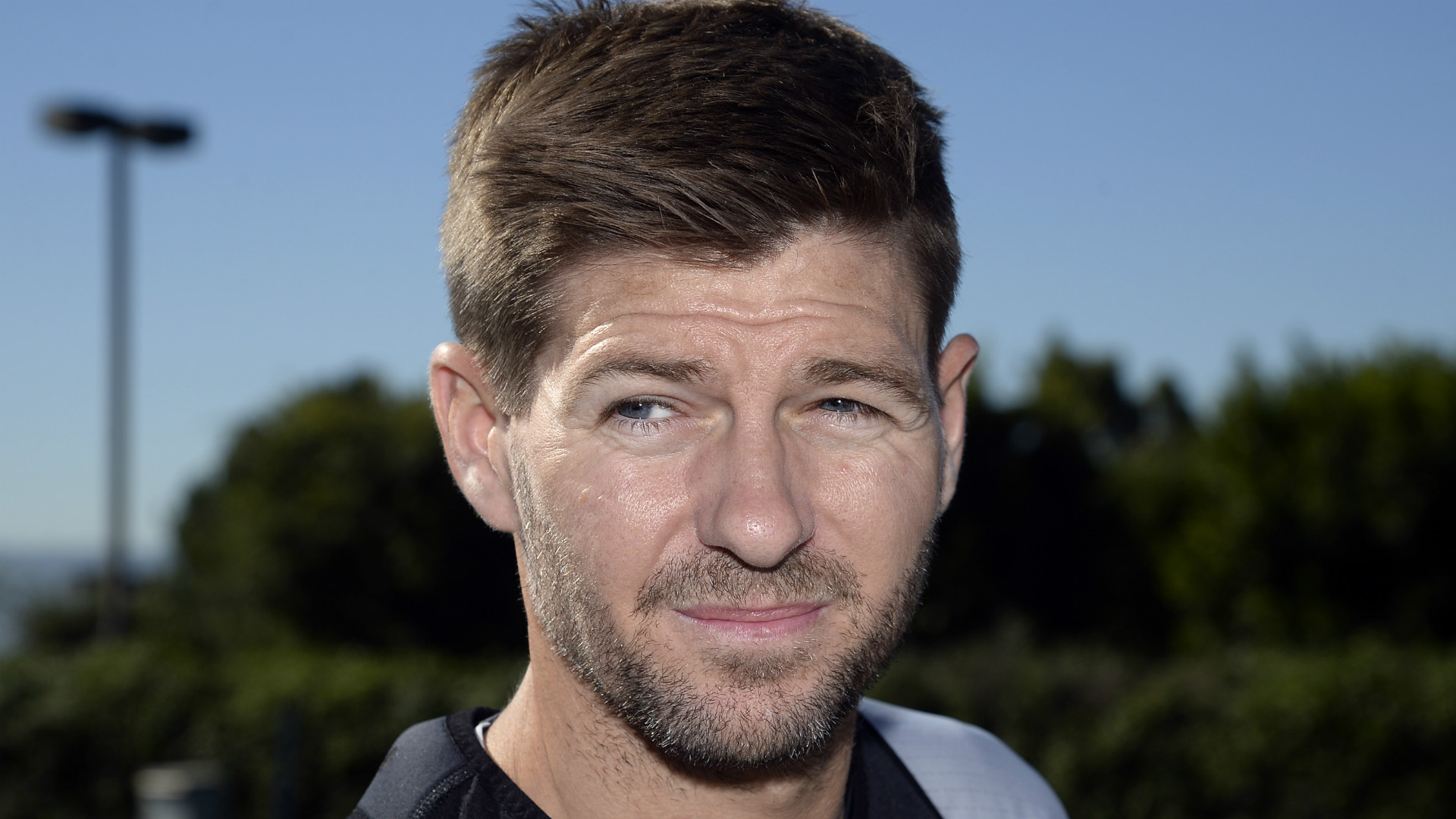 Steven Gerrard in talks with MK Dons over vacant managerial role