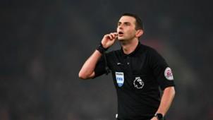 Michael Oliver Premier League referee 31102016