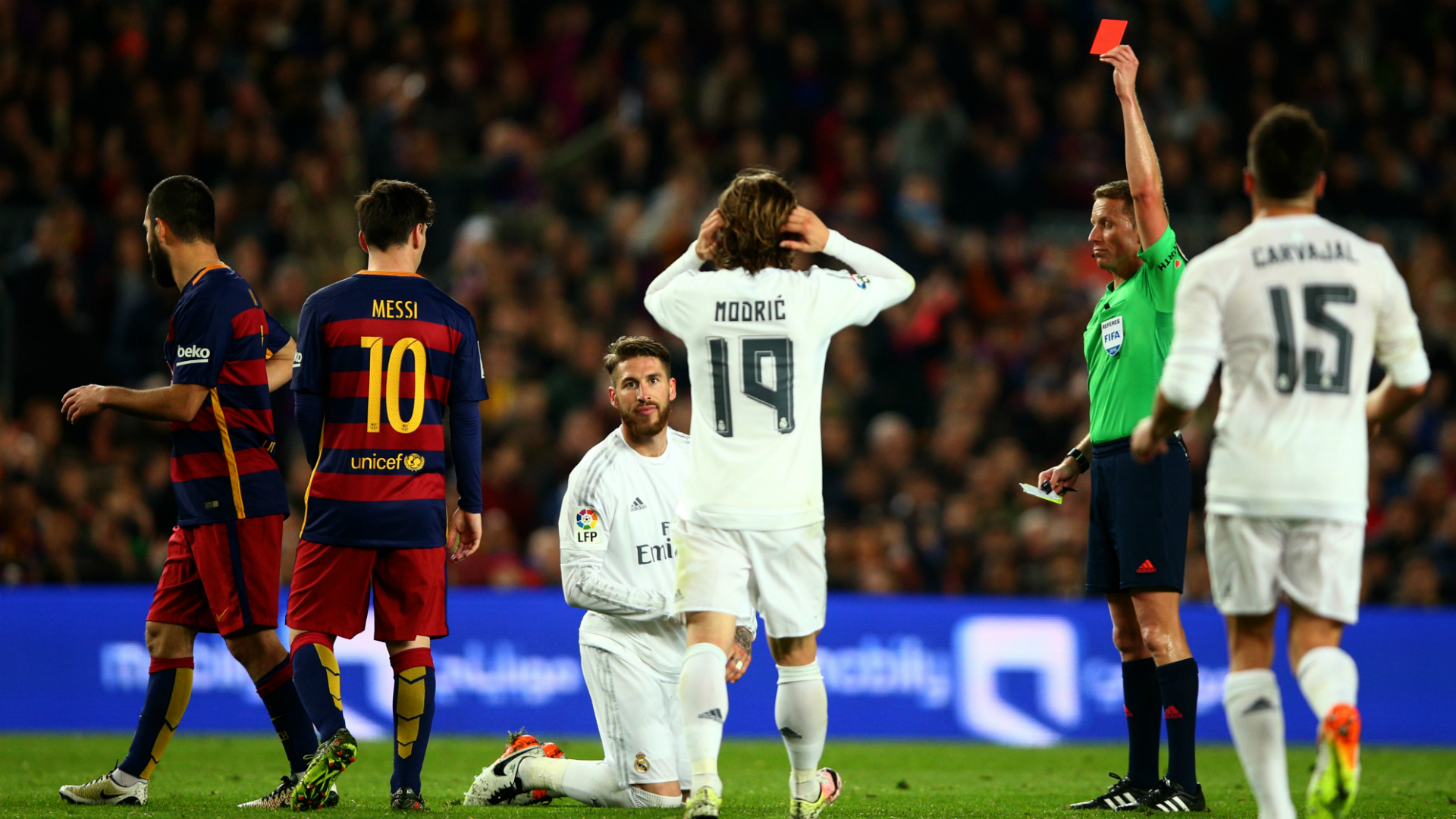 Sergio Ramos Real Madrid Barcelona red card 02042016