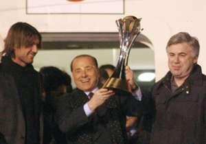 Nel giorno dell'80° compleanno di Silvio Berlusconi, ricapitoliamo in questa gallery i trionfi dei suoi 30 anni di presidenza del Milan