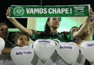 Thousands of Chapecoense supporters visited their club's stadium to pay their respects to the 71 people who lost their lives earlier this week. The team were travelling to Colombia to face Atletico Nacional in the Copa Sudamericana final when their pla...