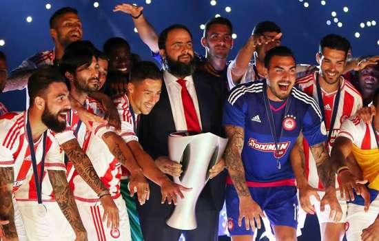 Greek champions Olympiacos showing generosity amid economic crisis
