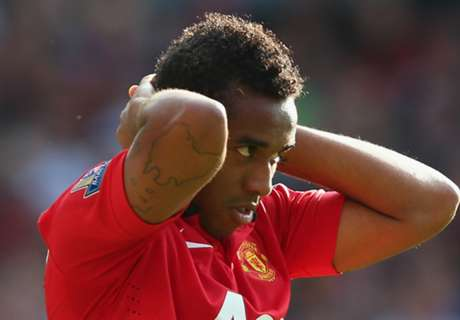 WATCH: Ex-Man Utd man in fight