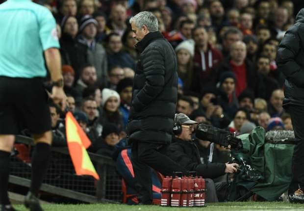 Divide and failure! Mourinho's bad attitude is drowning Man Utd's title dreams