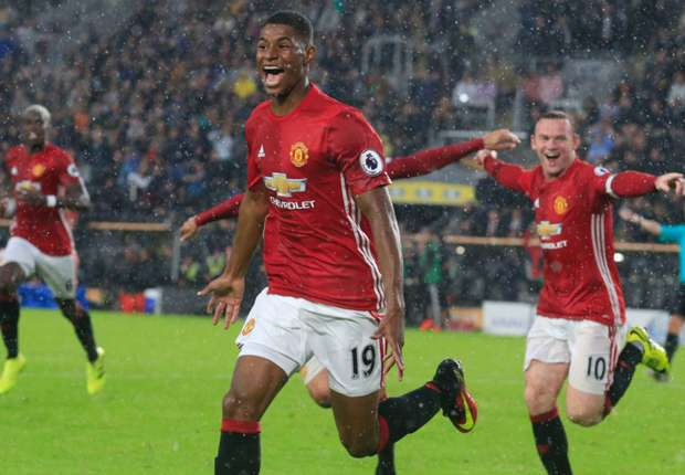'He has a nice future ahead of him' - Van Persie hails 'special' Rashford