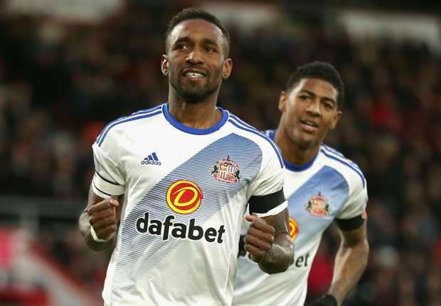 Bournemouth 1-2 Sunderland: Defoe penalty gives Moyes' men first win