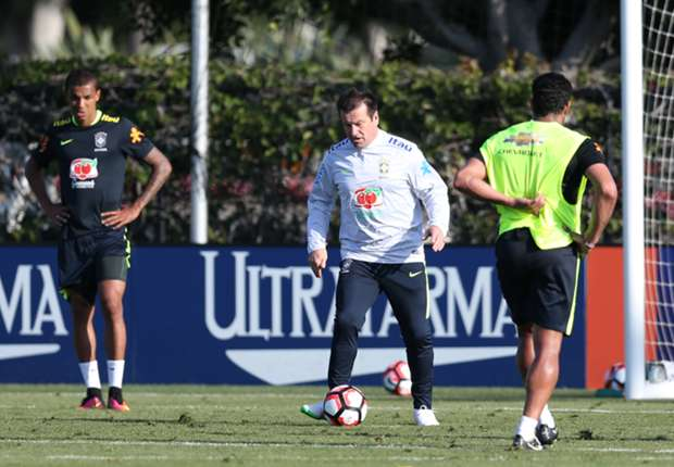 In Pictures: Brazil train in Los Angeles