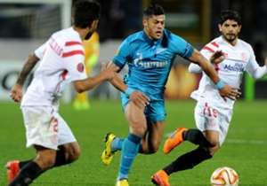 Hulk (3.5 stars) - The big Brazilian did absolutely everything right and will feel aggrieved to be on the losing side. Fired Zenit into the lead with a world-class long-range strike and was exceptional from then onwards, running rings around the Sevill...