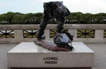 Messi statue cut in half as vandals destroy tribute to Barcelona superstar