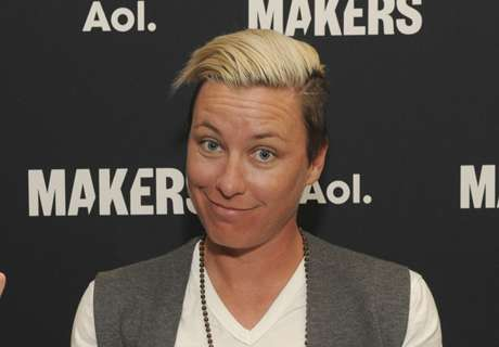 Report: Wambach flipped SUV in '14