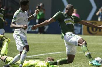 Timbers ride four-goal first half to rivalry win