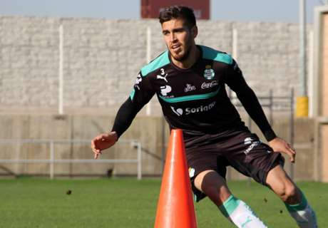 Alvarado at home with Santos