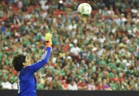 Mexico GK Ochoa joins Granada