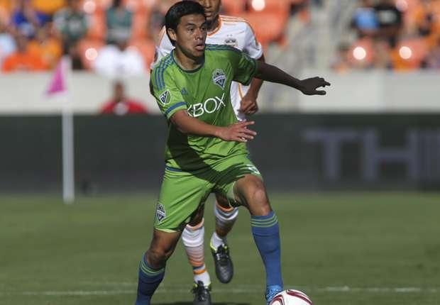 Ex-Sounders midfielder Pineda announces retirement