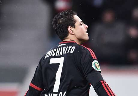Chicharito out with muscle tear