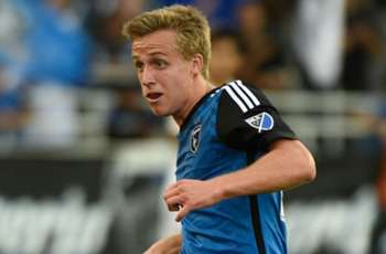 WATCH: Thompson scores on back-heel finish for Earthquakes
