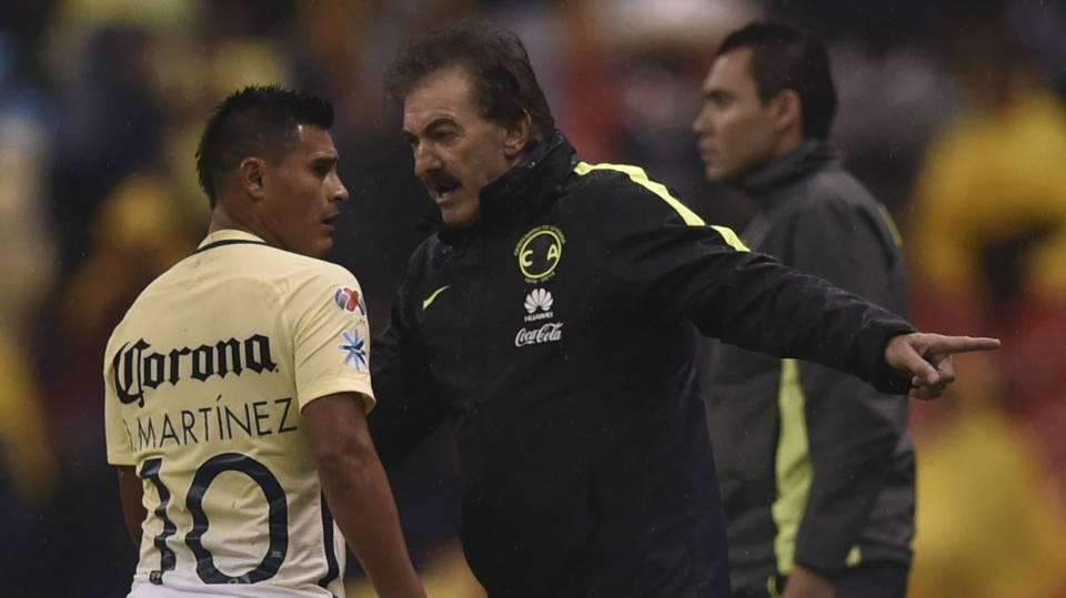 Osvaldo Martinez Ricardo La Volpe Club America Liga MX 09242016