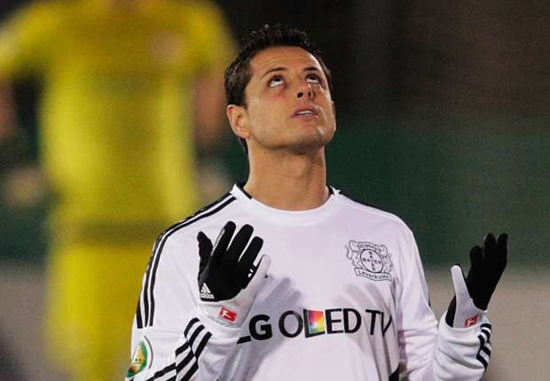 Bayer Leverkusen CEO: 'Mr. Van Gaal did not know that Chicharito is a good player'