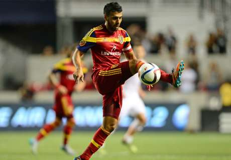 Morales re-signs with RSL