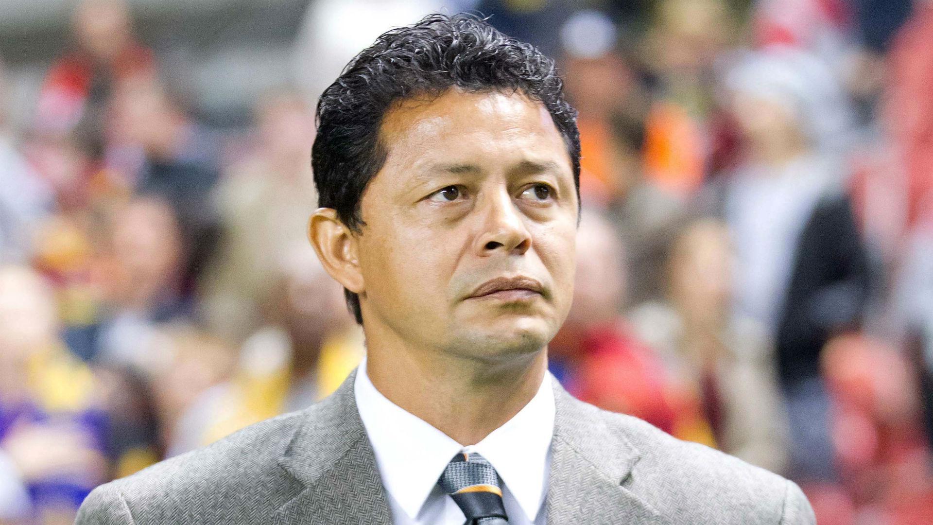 Wilmer Cabrera Chivas USA MLS 102216