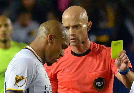 MLS suspends De Jong three games