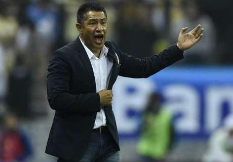 Necaxa hires Ambriz as coach