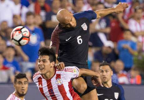 Brooks stars in U.S. win against Paraguay