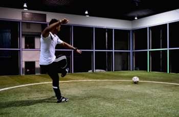 Mark Pulisic uses Footbonaut to give Dortmund a leg up