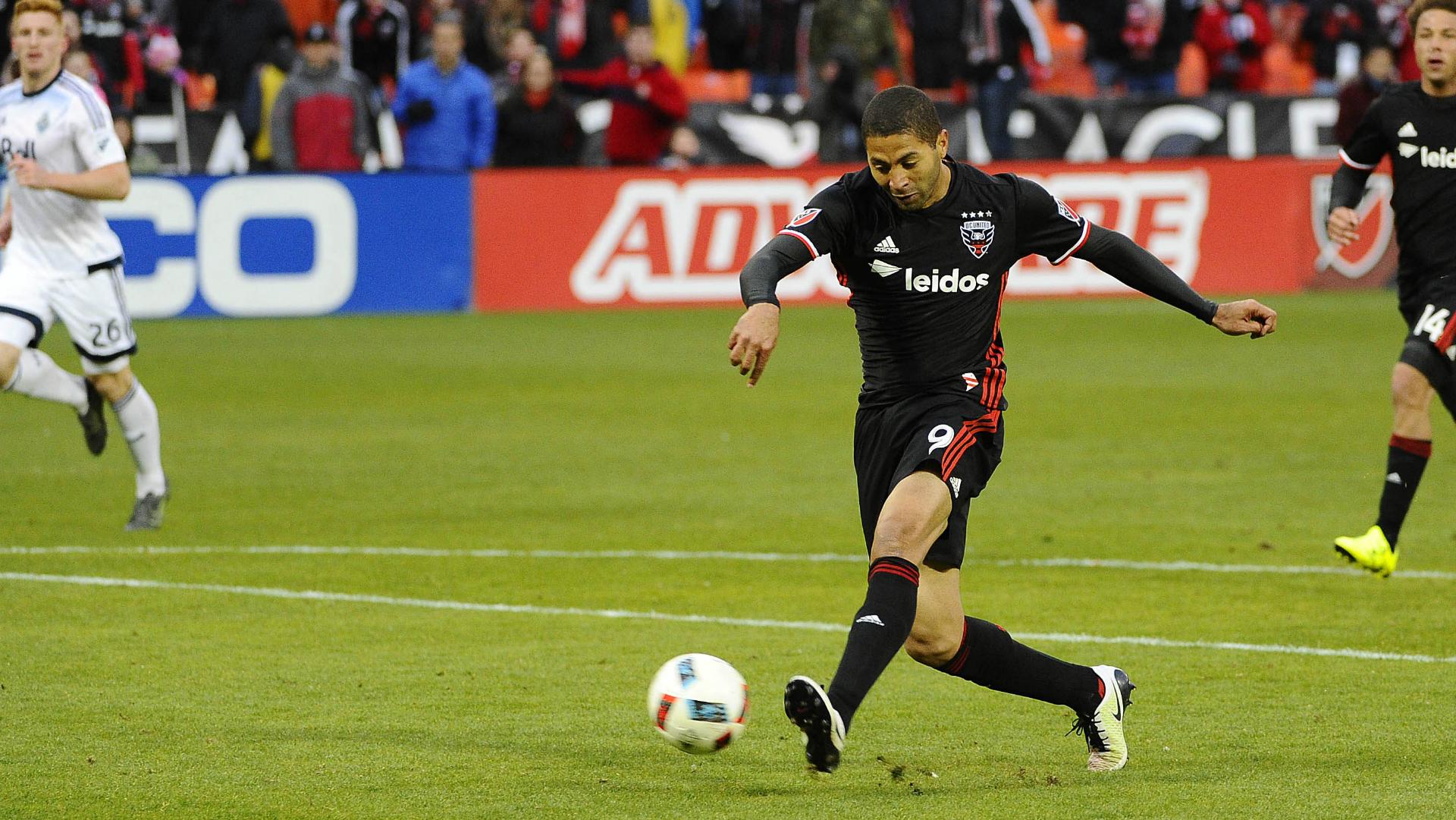 Alvaro Saborio D.C. United Vancouver Whitecaps MLS 04092016