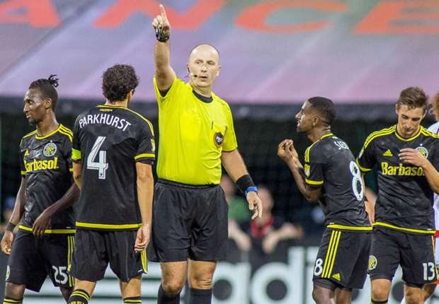 Columbus-crew-harrison-afful-red-card-071616jpg_1sspvitjn4nww1emlqch8h61wo