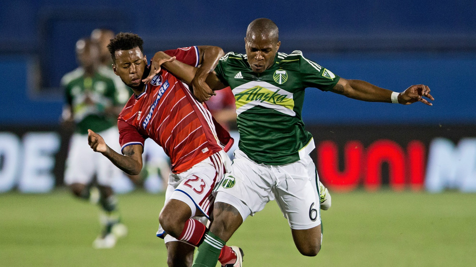 Kellyn Acosta Darlington Nagbe MLS 05112016