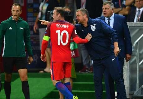Rooney Nyaman Main Di Tengah