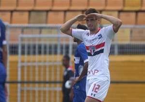 El exBoca hizo tres goles en dos partidos y promete hacer historia en Brasil. Acá, un repaso por los máximos goleadores.