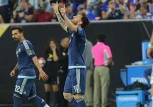 Lionel Messi: 55 goles | Con un tremendo golazo de tiro libre, Leo concretó ante Estados Unidos lo que en algún momento iba a pasar: ser el máximo goleador de la Selección.