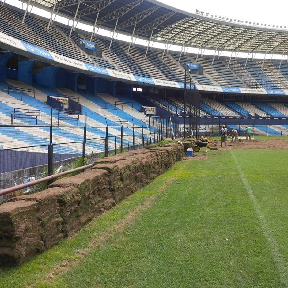 Obras en el cilindro de avellaneda de racing for Puerta 20 estadio racing