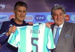 UN CASTING PARA UN DT | Después del desprolijo proceso de elección, Edgardo Bauza se transformó en agosto de 2016 en el sucesor de Gerardo Martino.