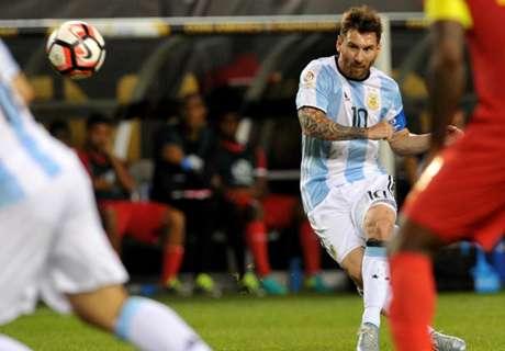 Cuplikan: Hat-Trick Brilian Messi