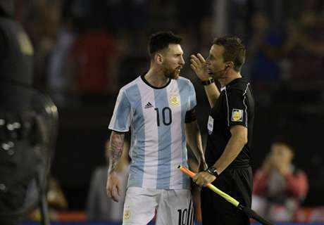 Messi vier interlands geschorst