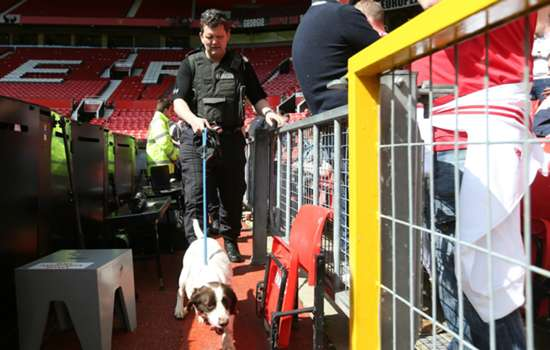 Traces of explosive may have been left on Old Trafford device - security expert