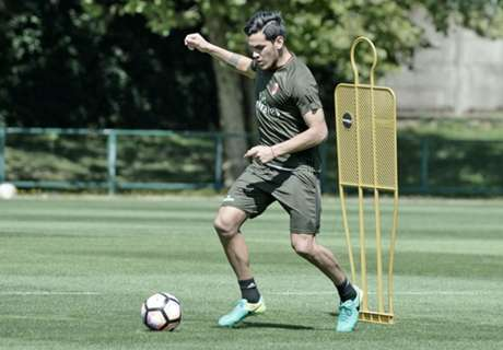 El primer día de Gómez en Milan