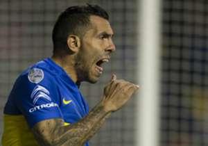 Carlos Tevez contó que Guillermo Barros Schelotto lo designó como el nuevo capitán de Boca. Acá, un repaso por los hombres que portaron la cinta Xeneize en los últimos 20 años.